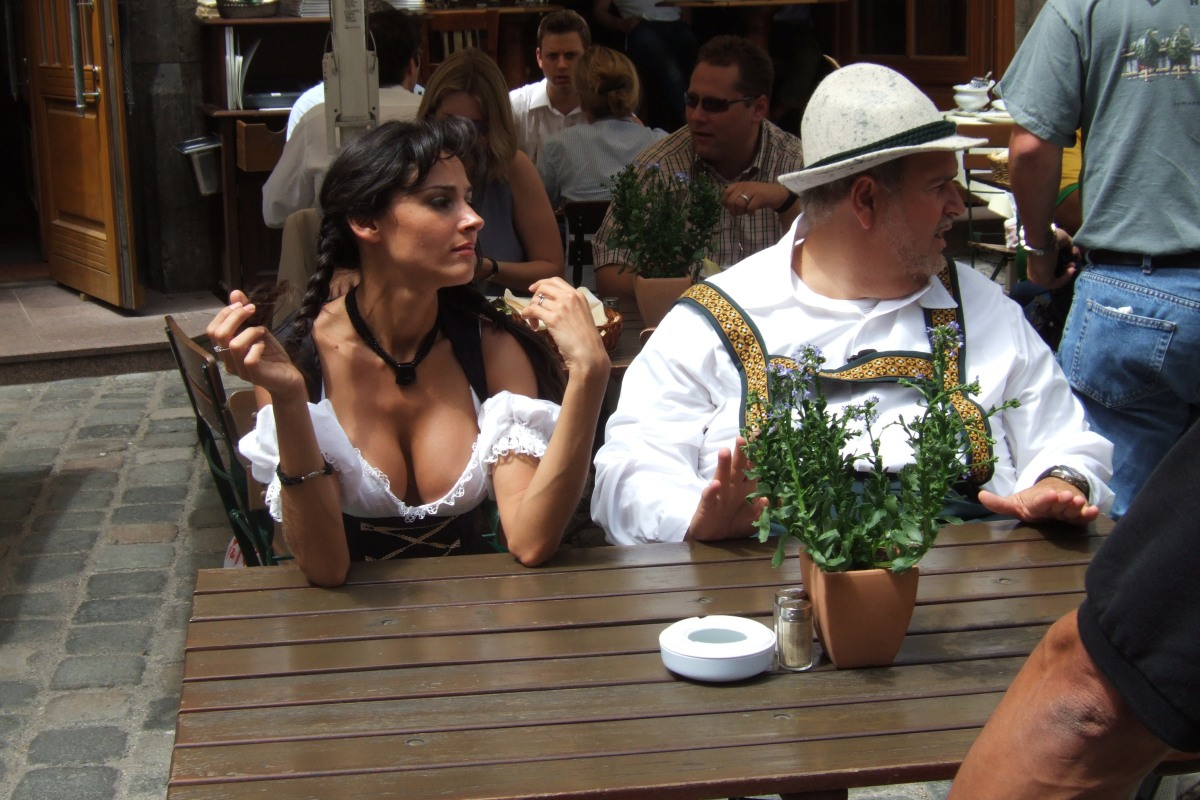 A Short List (for Beginners) on How to Integrate into Bavarian Culture (F)